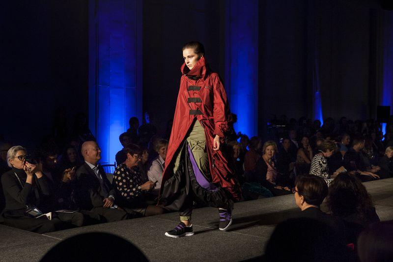 Couture_in_Orbit_catwalk