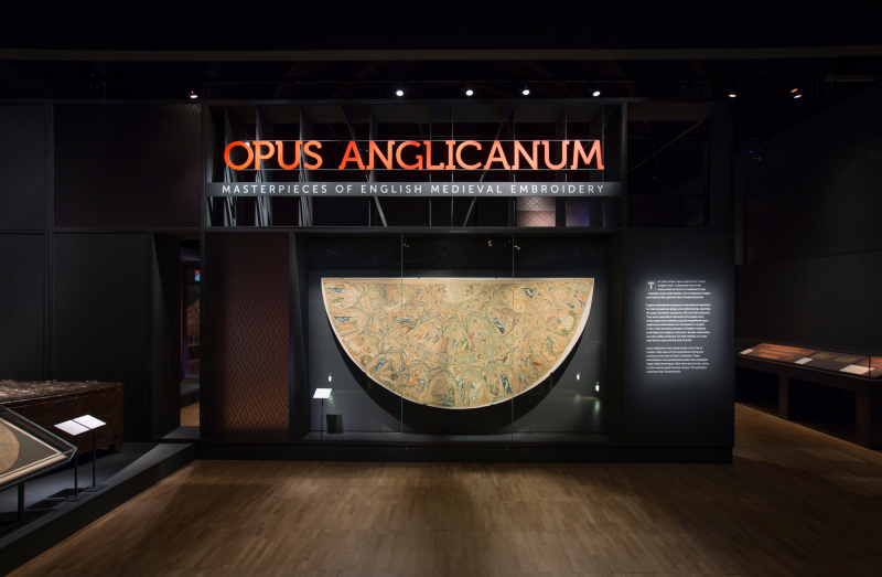 1.Opus_Anglicanum_Installation_View_1