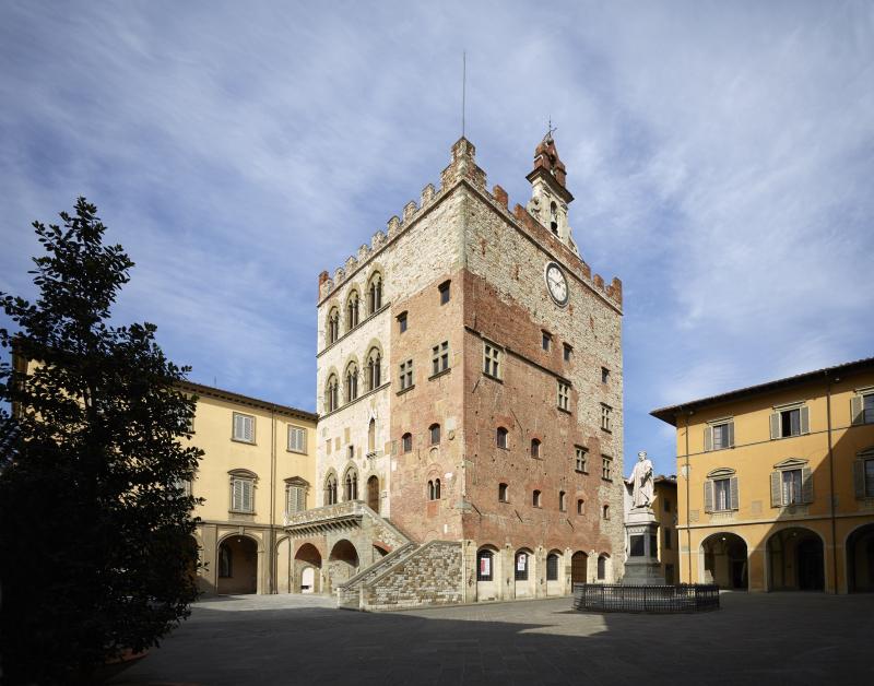 1_Museo di Palazzo Pretorio Prato esterno