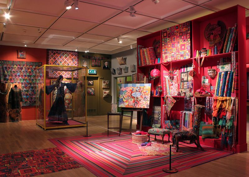 AMiB Kaffe Fassett Studio recreation