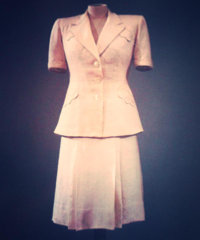 1940s_Italian_skirt_suit