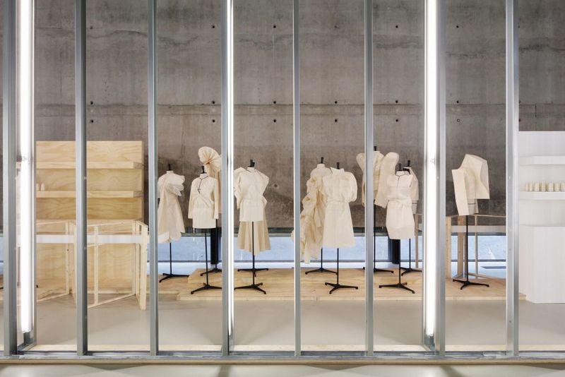 HNI_A Speculative History of Dutch Fashion Photo Johannes Schwartz