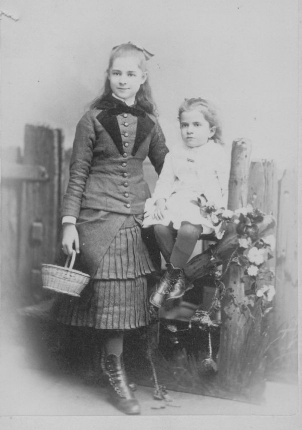 Anna_Helen_1878