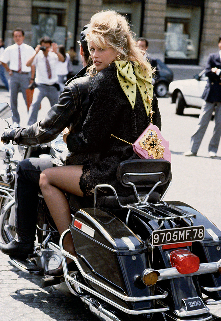 Vogue_100_Claudia_Schiffer_Herb_Ritts