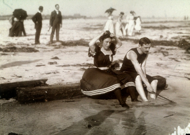 Victorian swimwear_2
