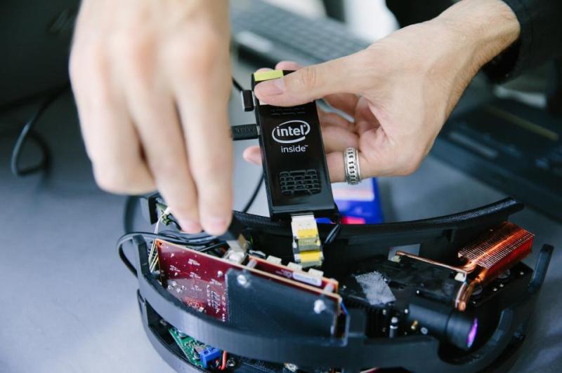ChalayanSS17_Intel_8
