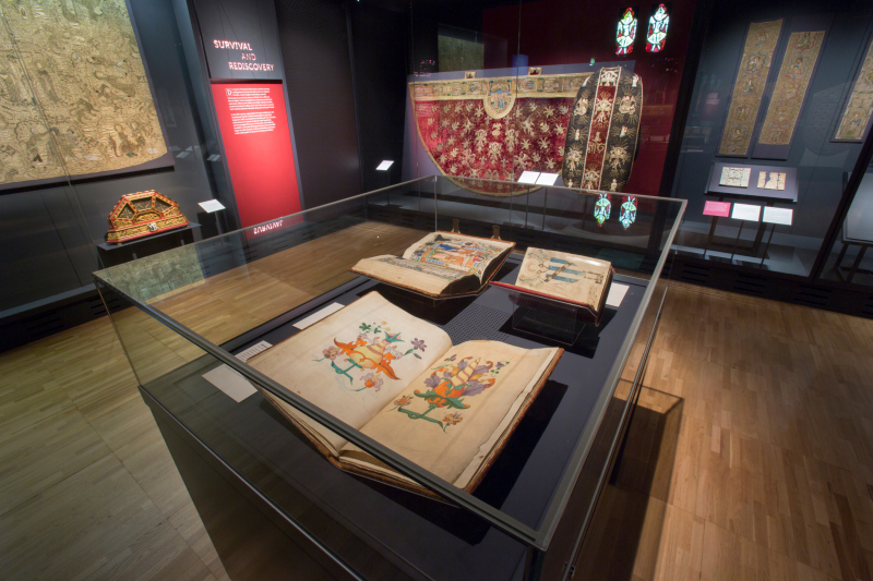 11. Opus_Anglicanum_Installation_View_11