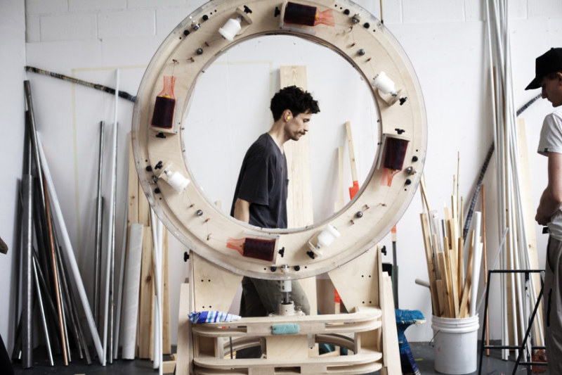 The_Thread_Wrapping_Machine_Anton_Alvarez
