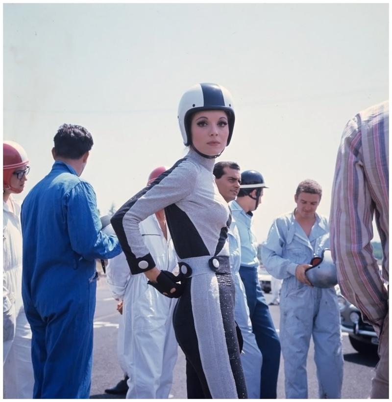 Elsa-martinelli-in-autodrome-in-rome-1967