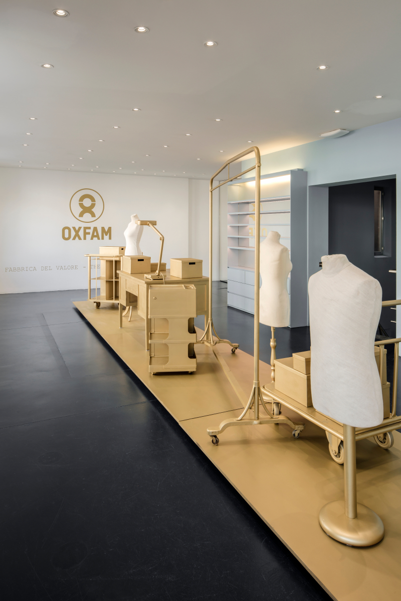 8. THE EMPTY SHOP for OXFAM_Design Alain Gilles_04_c_PIET-ALBERT GOETHALS