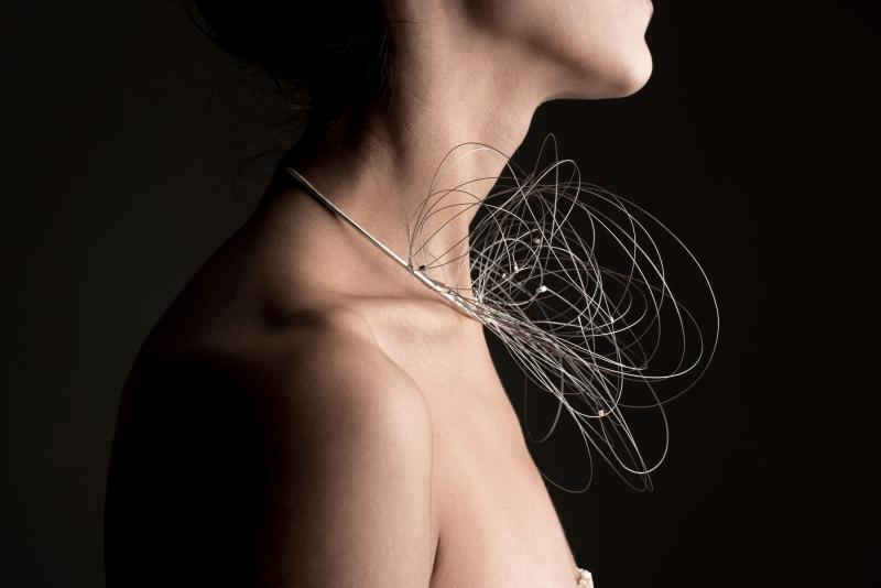 Isabel Betancourt collana