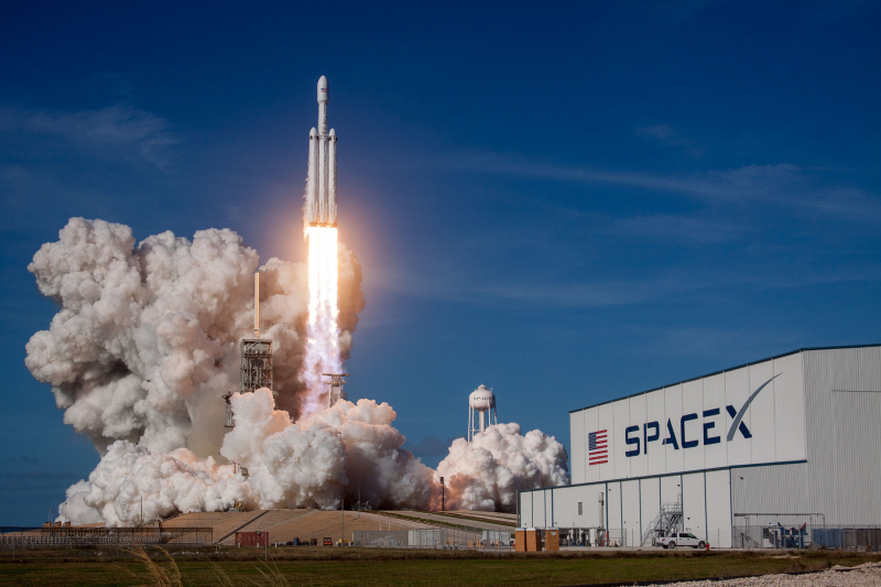 SpaceX_Falcon (6)