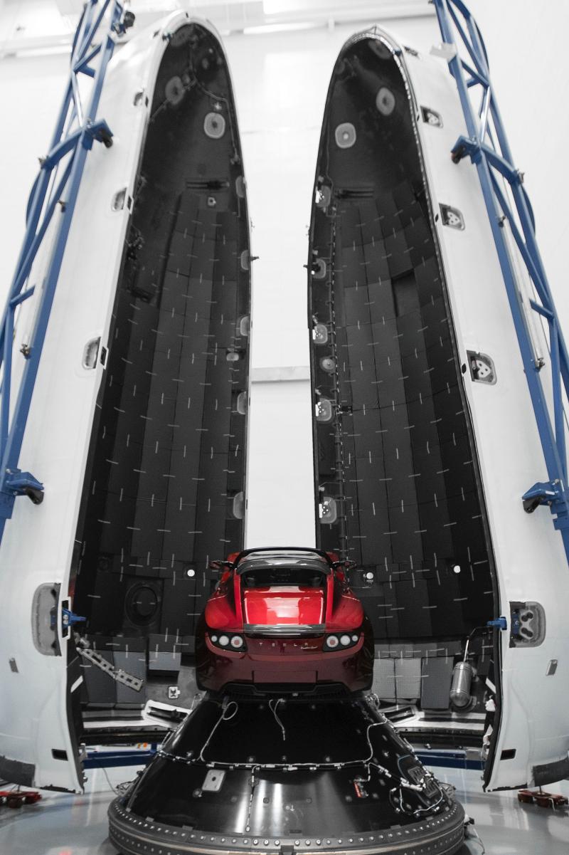 SpaceX_Falcon (2)