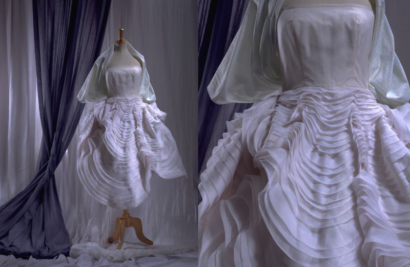 JohnGalliano_scallopshell_dress