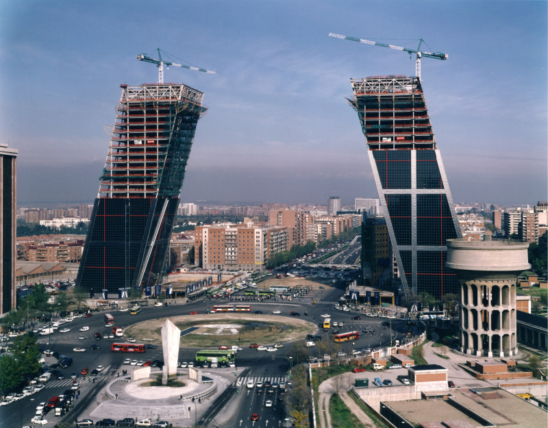 Puerta de Europa_Madrid_aerial progress 10